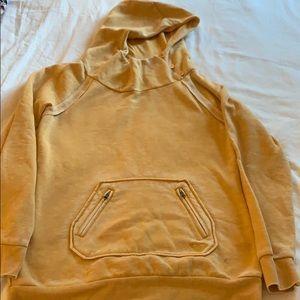 ROXY yellow sweatshirt